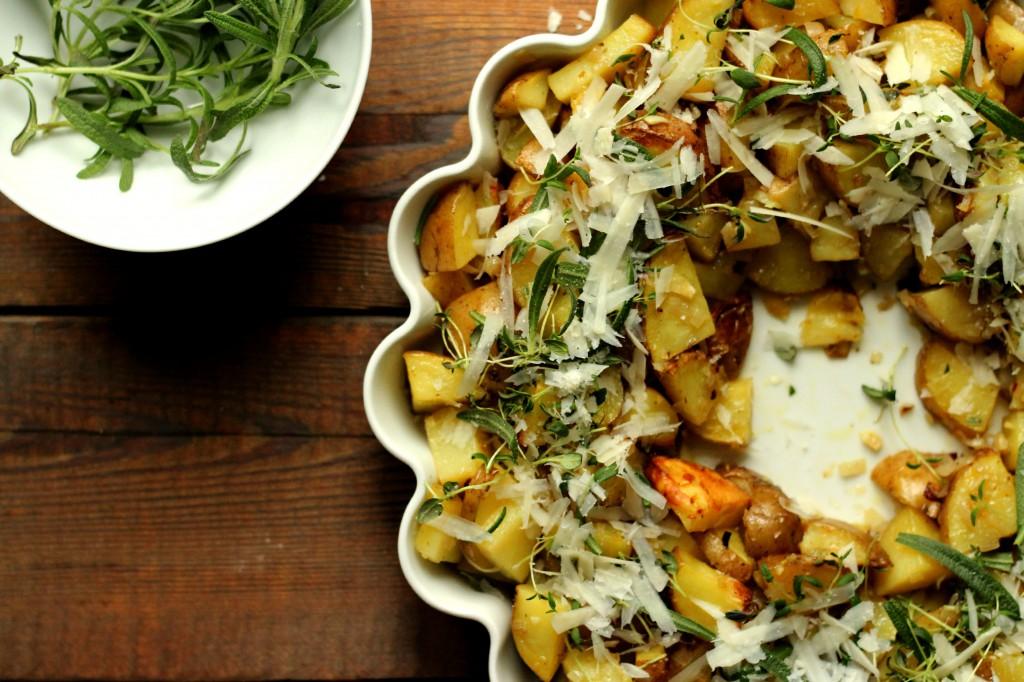 Poteter, egg og ost