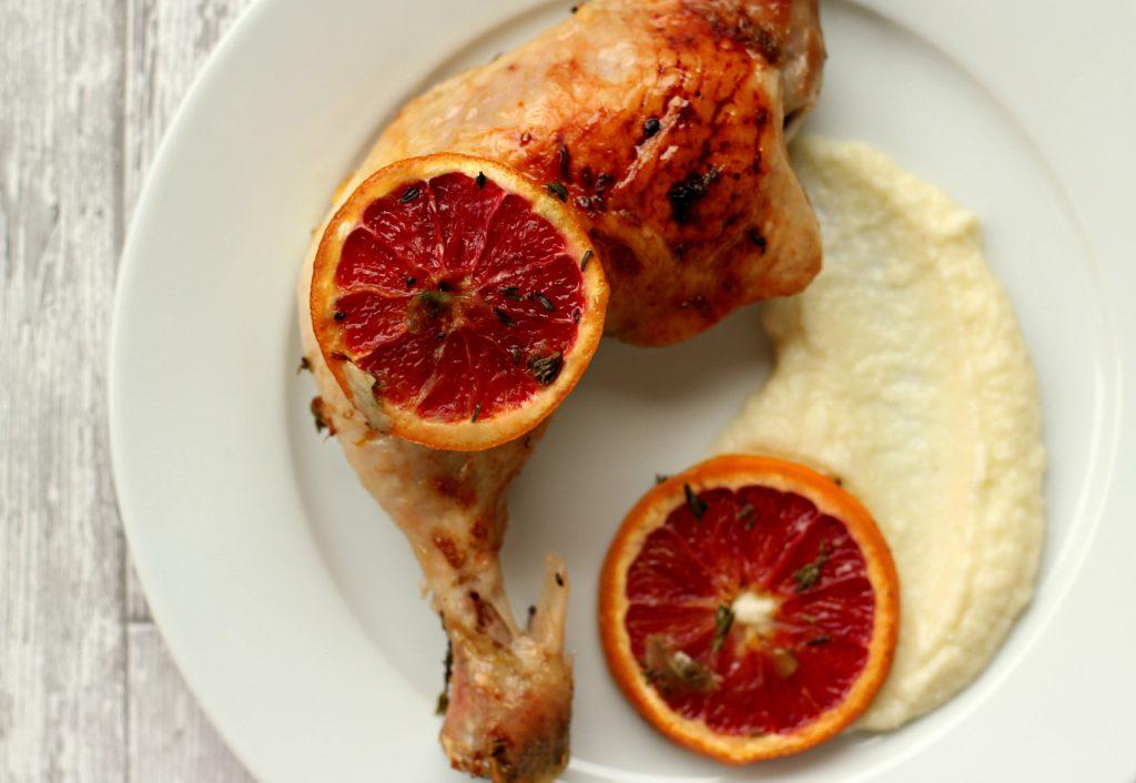 Ovnsbakt kylling med blodappelsin, honning og timian.