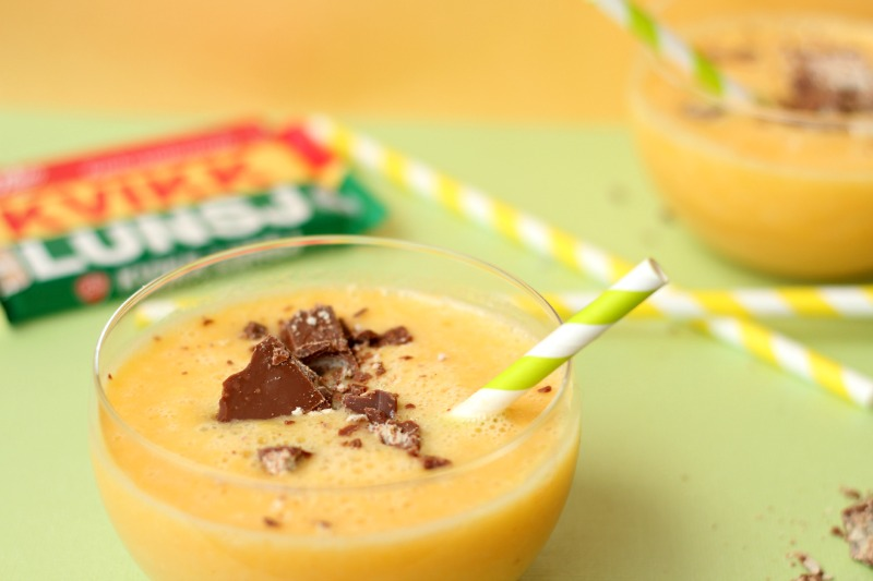 Easter Smoothie with a pinch of Norwegian chocolate :)