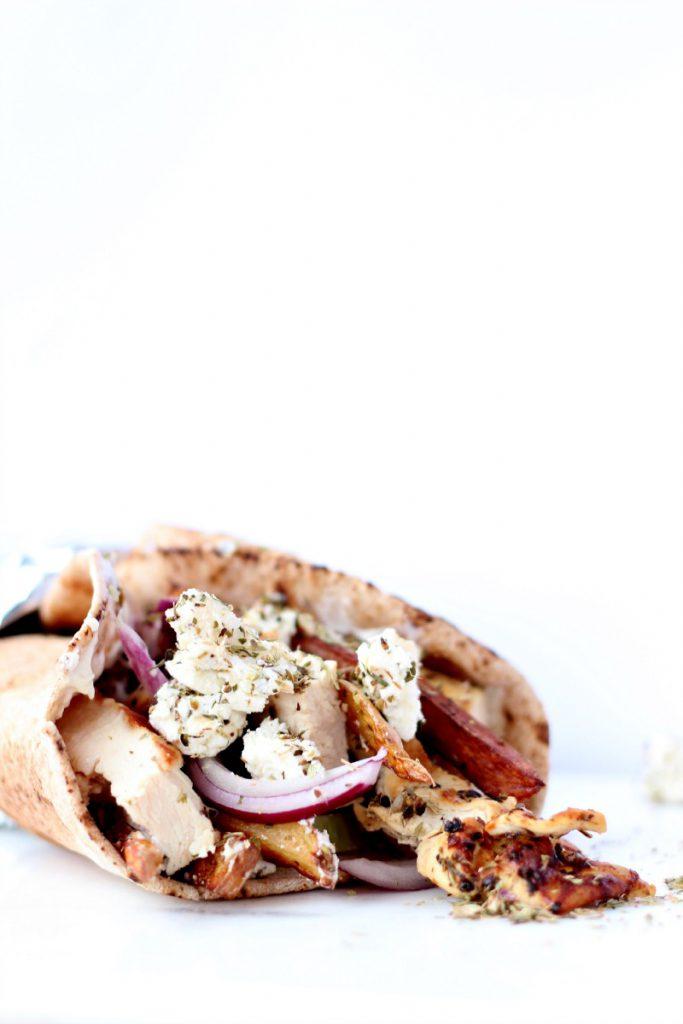 Souvalki av kylling, pita og grønnsaker. :)