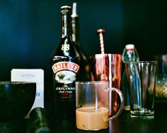 Baileys, burgere og kaffe – en strålende kombinasjon